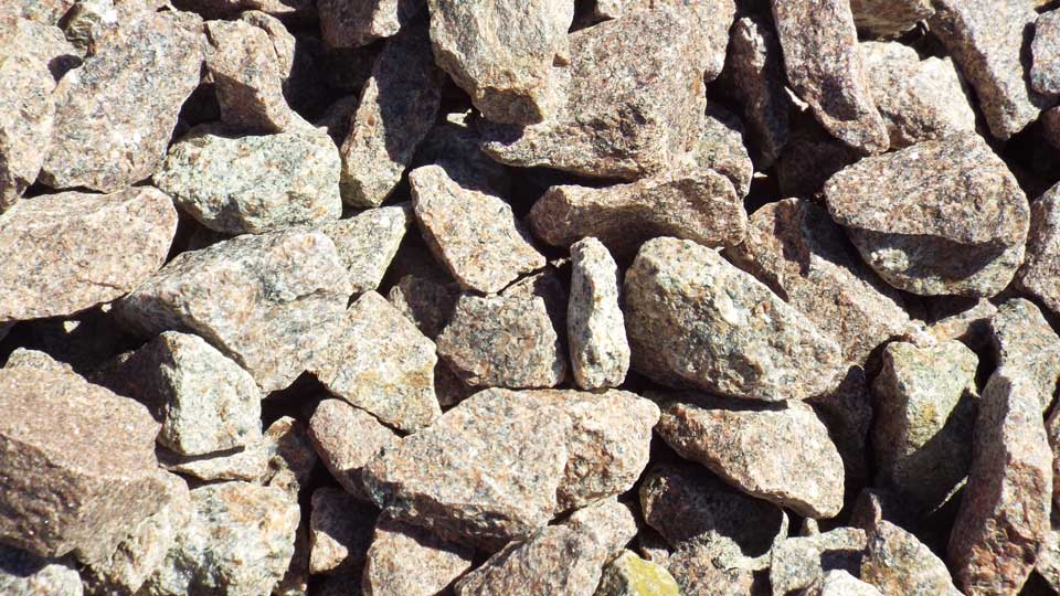 Red Granite Rock : Decorative rock bjorklund companies